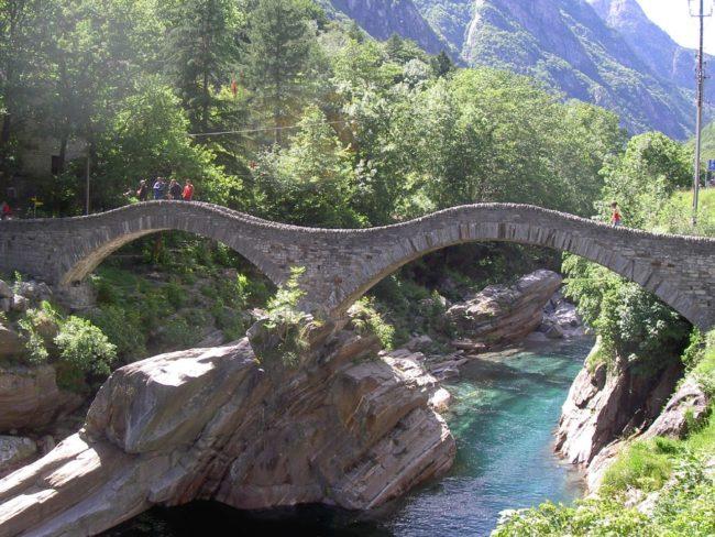 Eski köprüler, çift kemerli köprü
