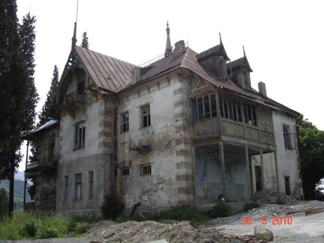Ermeni ve Rum Gömüleri Dev Arşiv