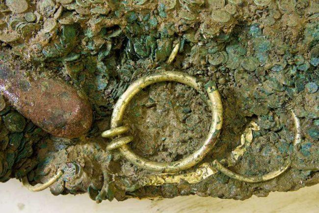 Bronz Sikkelerde Temizlik, oksitlenmiş sikkeler