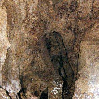 Mağara ve Mahzenlerde Define